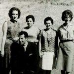 Kilyos Tatil Köyünde 15'er günlük konferanslarda çalışan ilk çeviri ekibi.(1965-1969)
