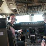 Ceylan Gürman Şahinkaya, Boeing uçak tanıtımında pilot koltuğunda Ceylan Gürman Şahinkaya-Boeing Yeni Uçak Tanıtımı